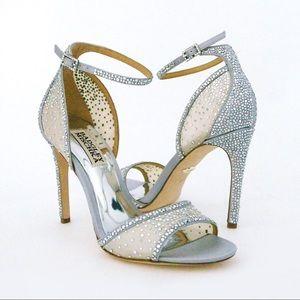 NWOT Badgely Mischka Shiraz heels-Size 7!